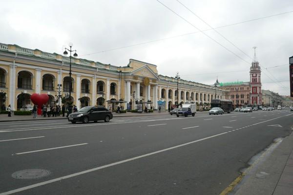 """Станция """"Гостинный Двор"""" Петербургского метрополитена"""